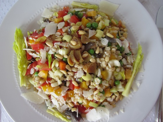 BARLEY SALAD WITH FRESH & ROASTED VEGETABLES